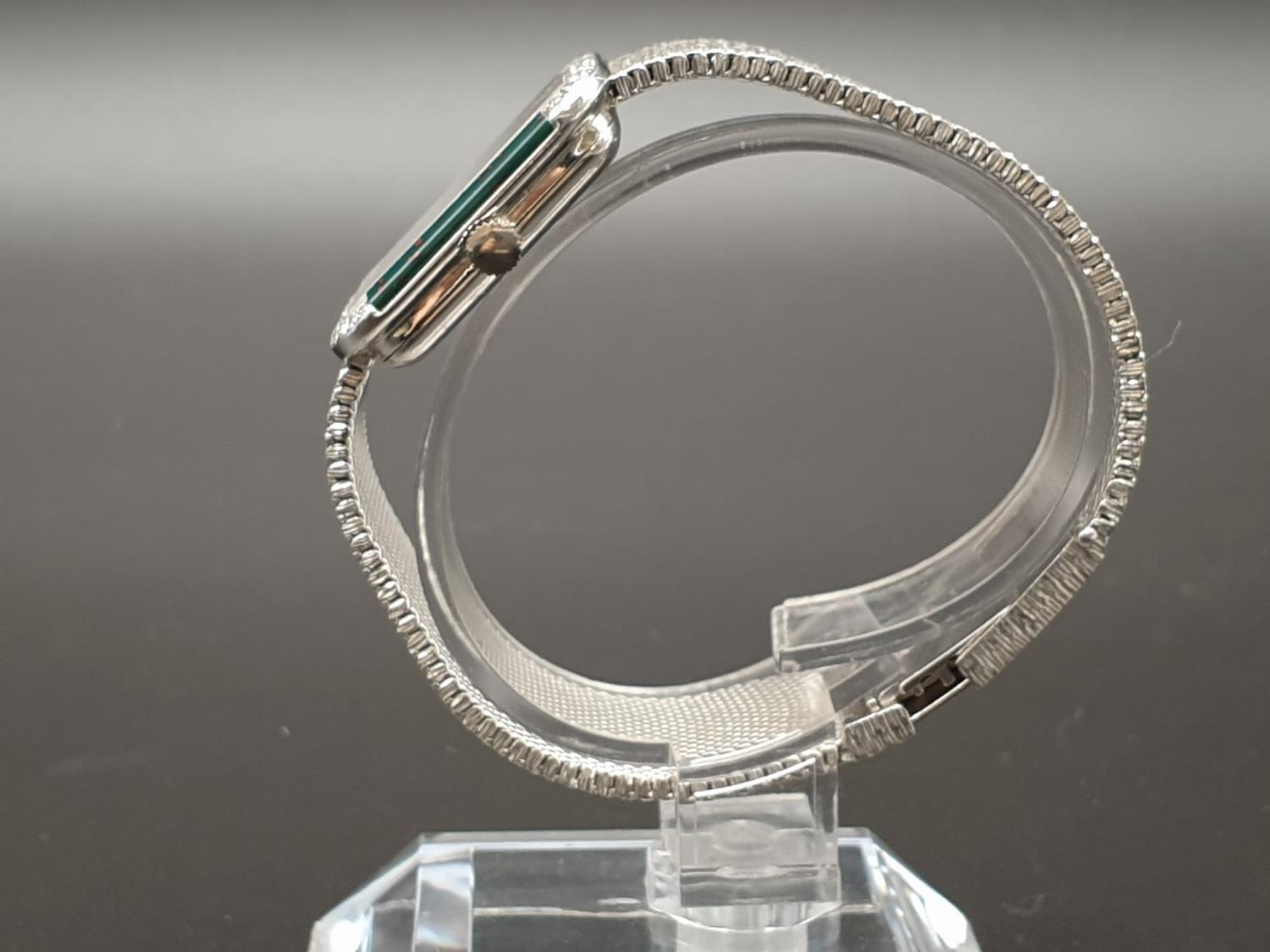 AN 18K WHITE GOLD DRESS WATCH WITH HALF DIAMOND BEZEL AND SOLID GOLD STRAP. 26MM - Image 3 of 12