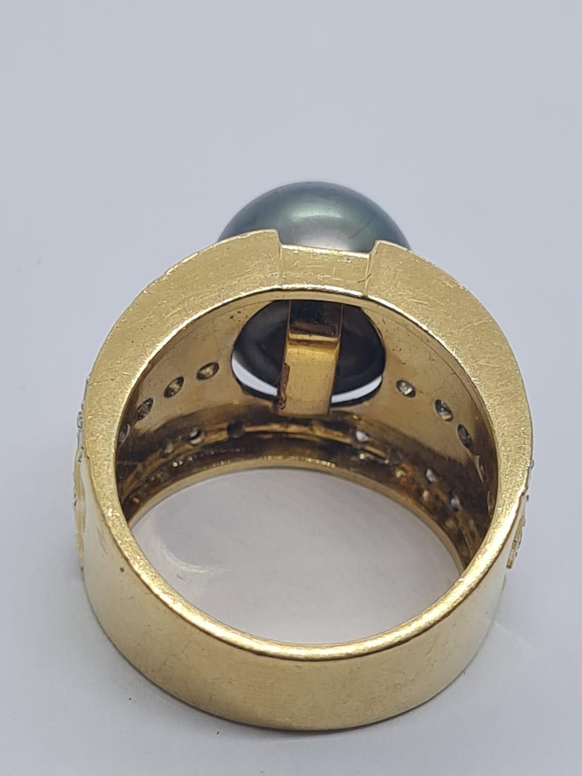 18k yellow gold with Tahitian pearl centre and decorated with 1.50ct diamonds approx, weight 12.8g - Image 9 of 9