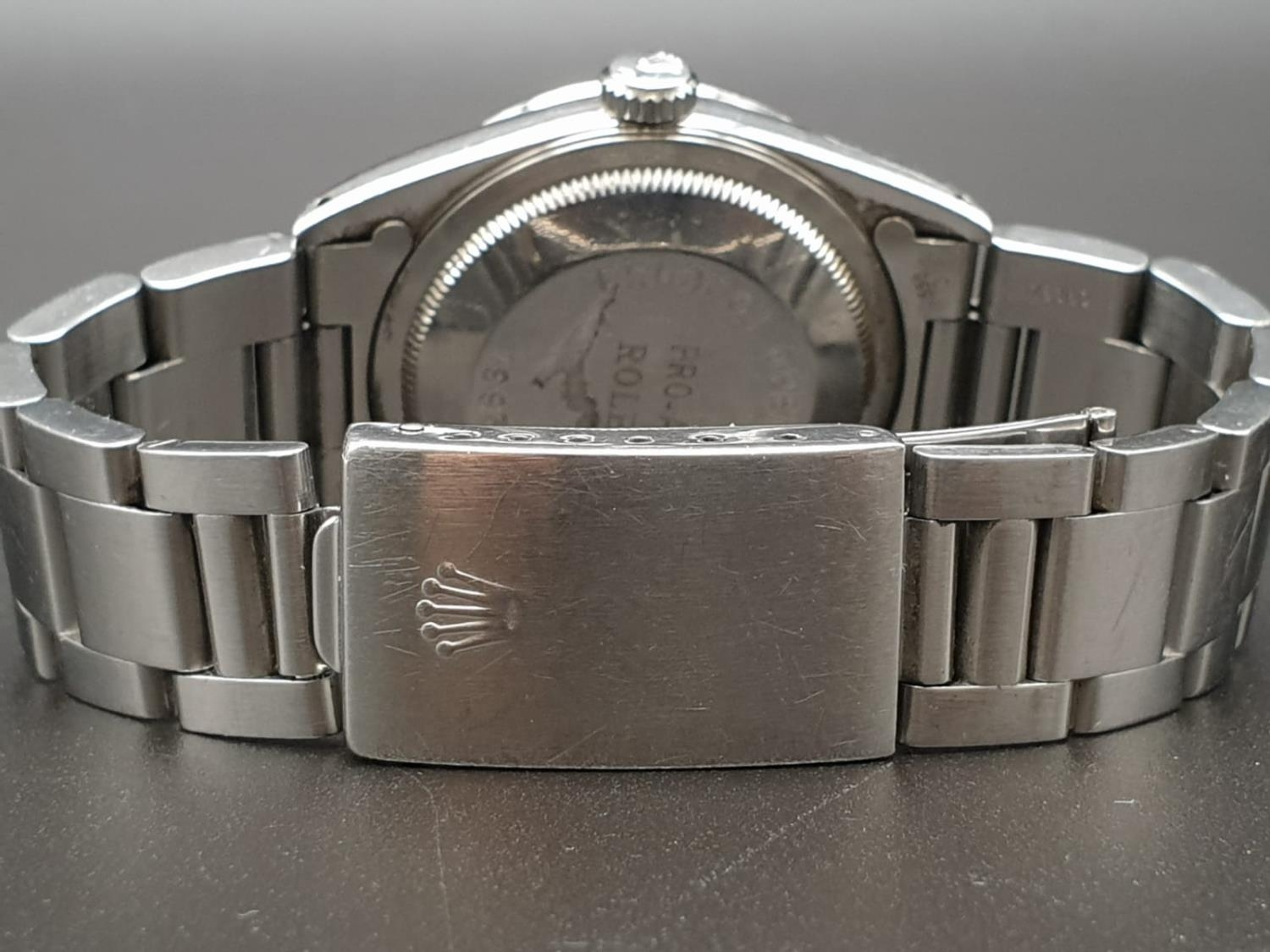 ROLEX OYSTER DATEJUST IN STAINLESS STEEL WITH ATTRACTIVE LIGHT OYSTER FACE, FWO 36MM - Image 6 of 10