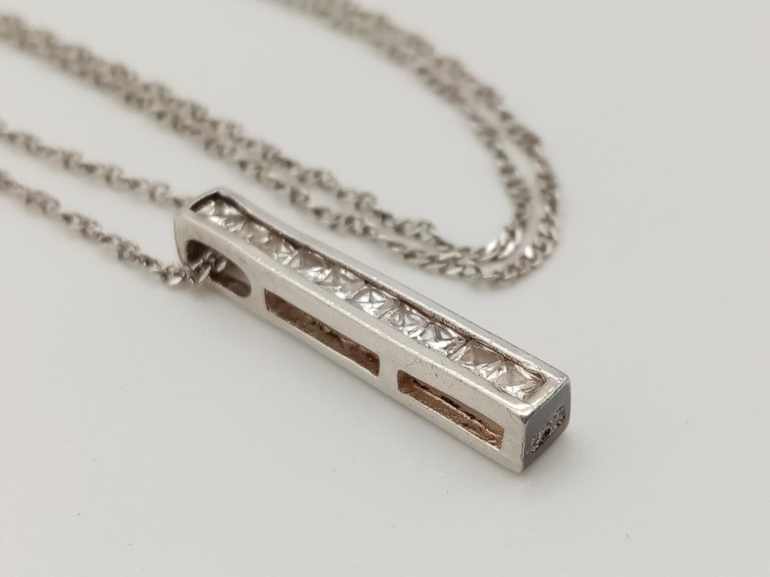 Sterling silver stone set pendant necklace in presentation box - Image 3 of 6