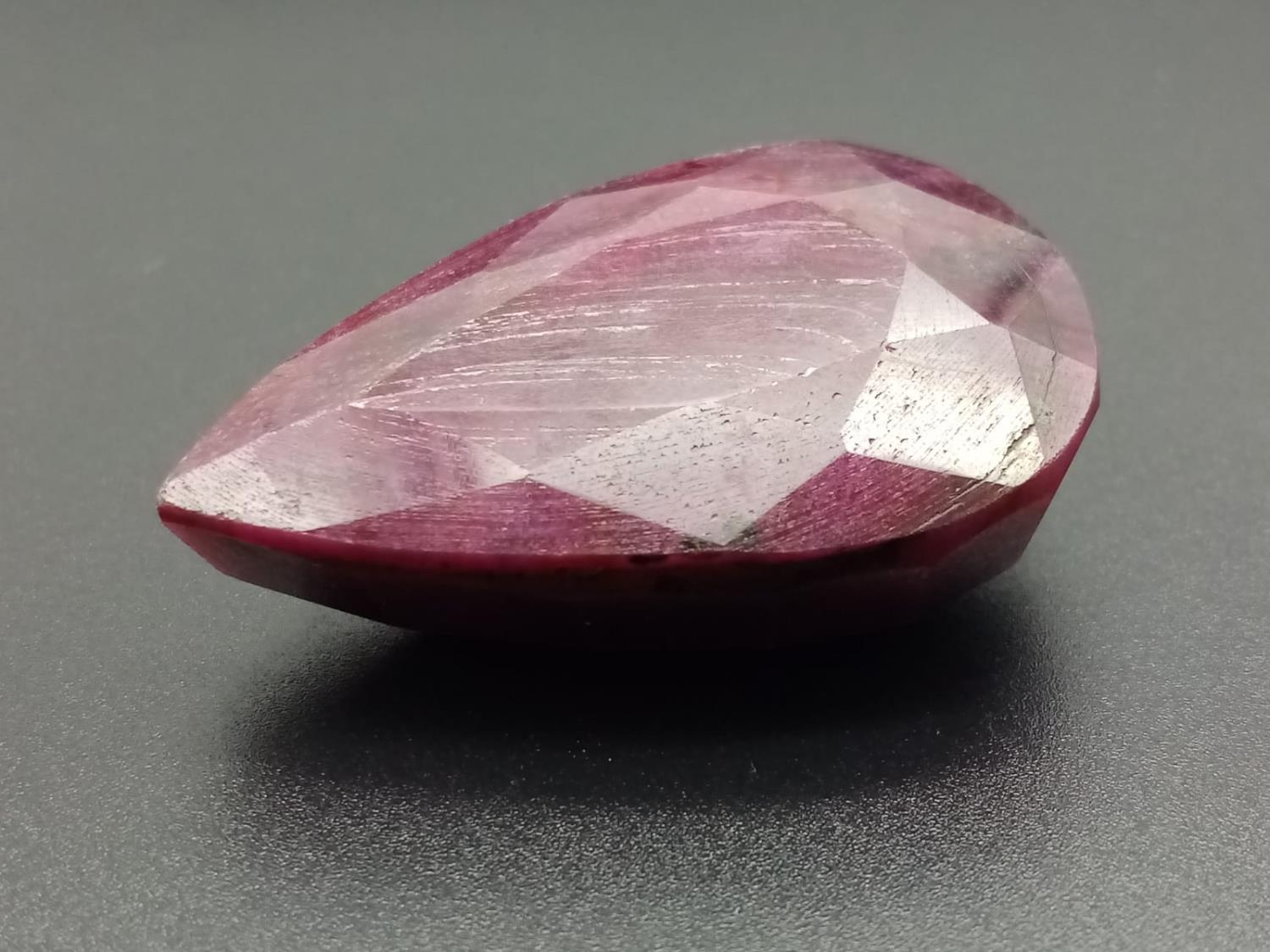 A large (180.40 carats!) pear shaped Ruby with Certificate - Image 3 of 3