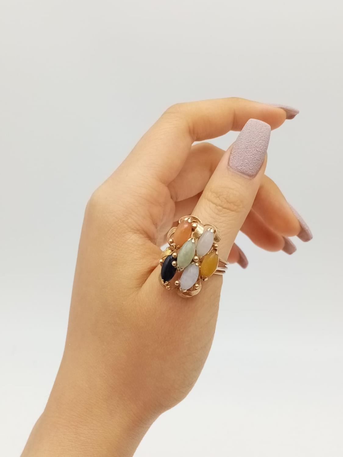 14k vintage yellow gold multi stone set, weight 7.9g and size P - Image 5 of 7