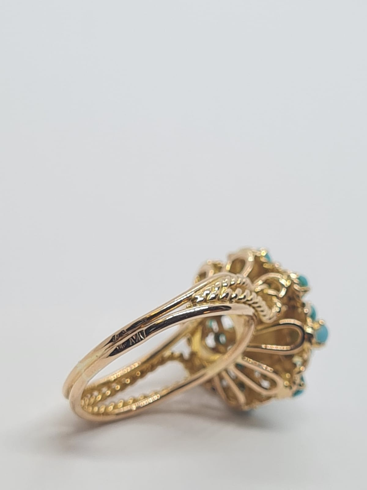 18k yellow gold TURQUISE AND PEARL CLUSTER RING, weight 5.3g and size J1/2 - Image 3 of 8