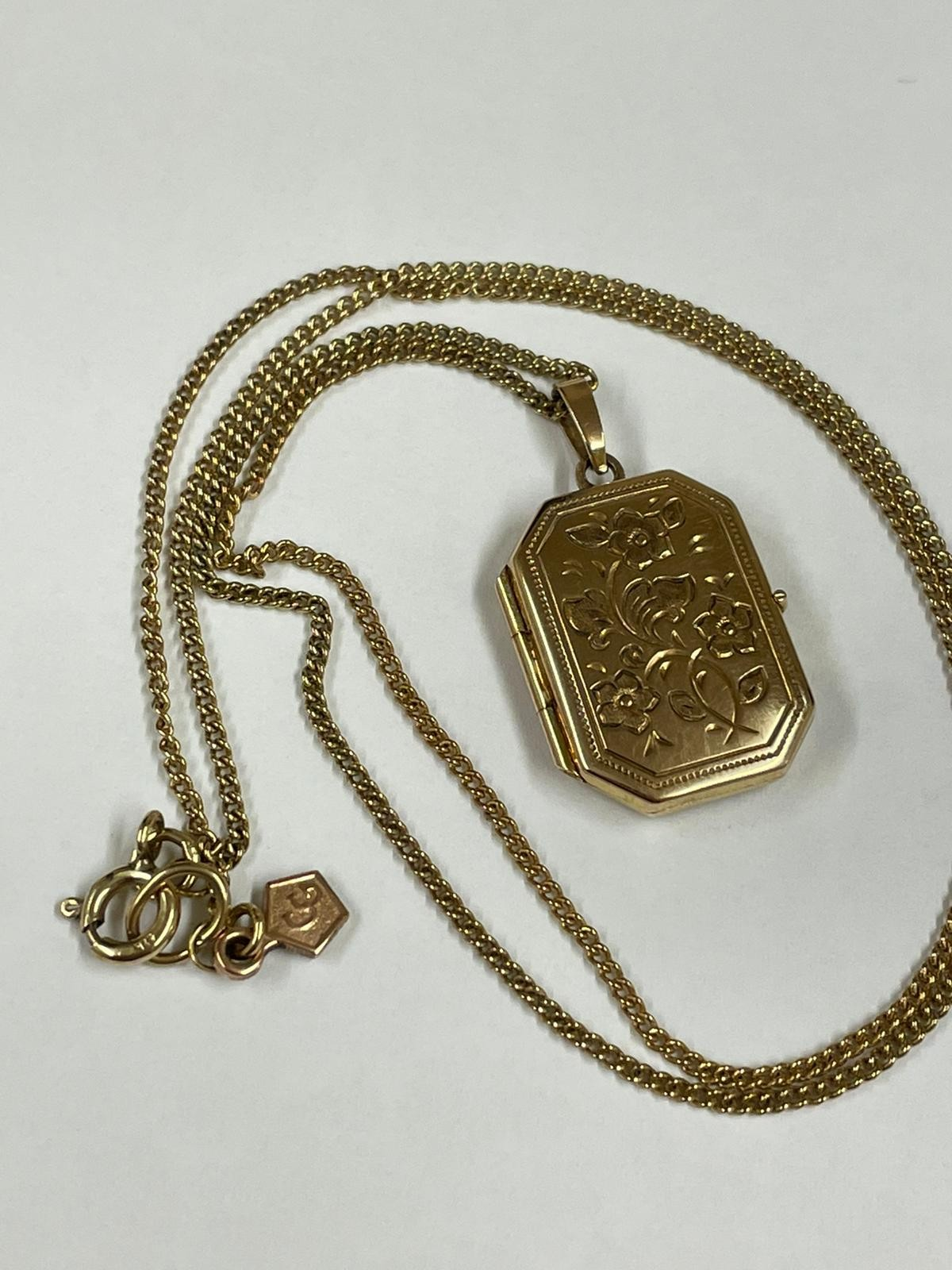 Vintage Clogau 9k yellow gold chain and locket , fully hallmarked. - Image 2 of 10