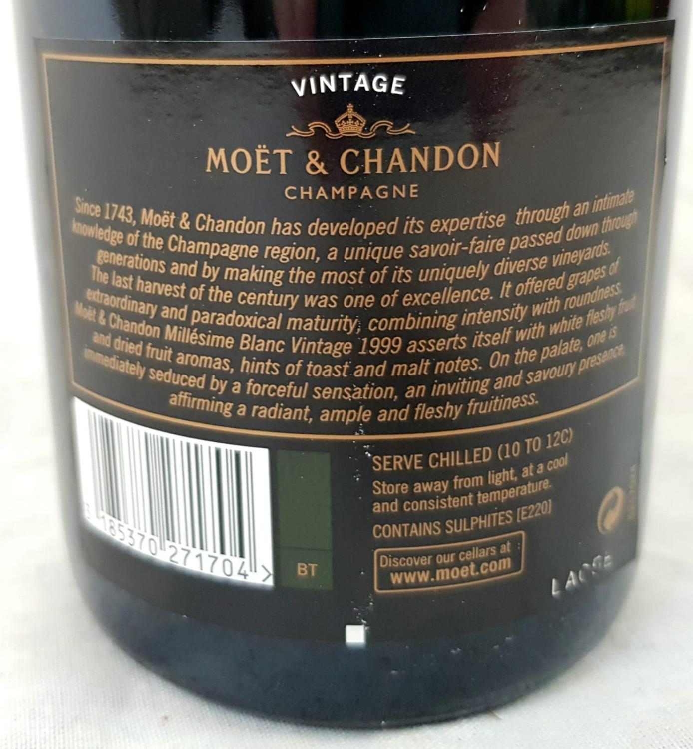 Bottle (750ml) Moet and Chandon Millésime Blanc Vintage 1999 Champagne. As new, in gift box. - Image 3 of 4