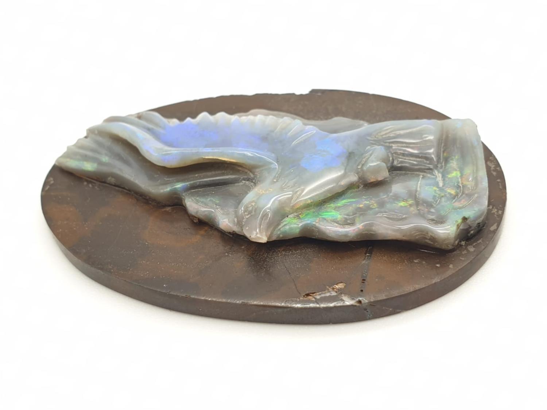 Opal hand carved eagle on natural rock - Image 2 of 4