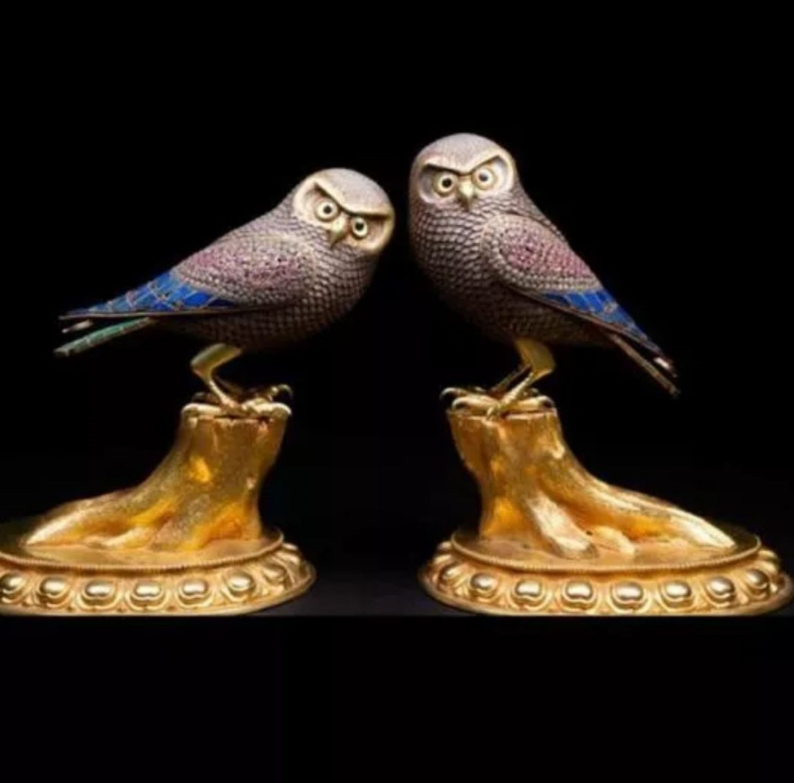 Incredible 20thC pair of beautiful silver and bronze owls set with malachite ,Lapis lazuli and