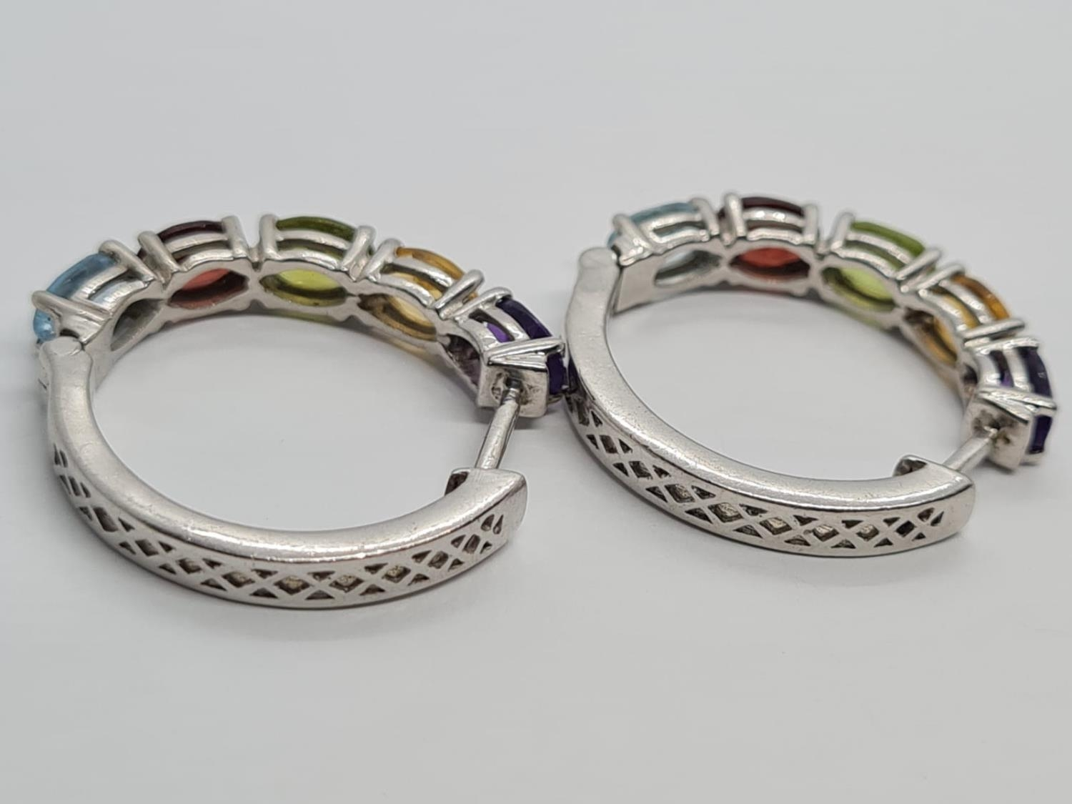 PAIR OF STERLING SILVER MULTI STONE HOOP EARRINGS WEIGHT 6.5G AND 2.5CM DIAMETER APPROX - Image 4 of 4