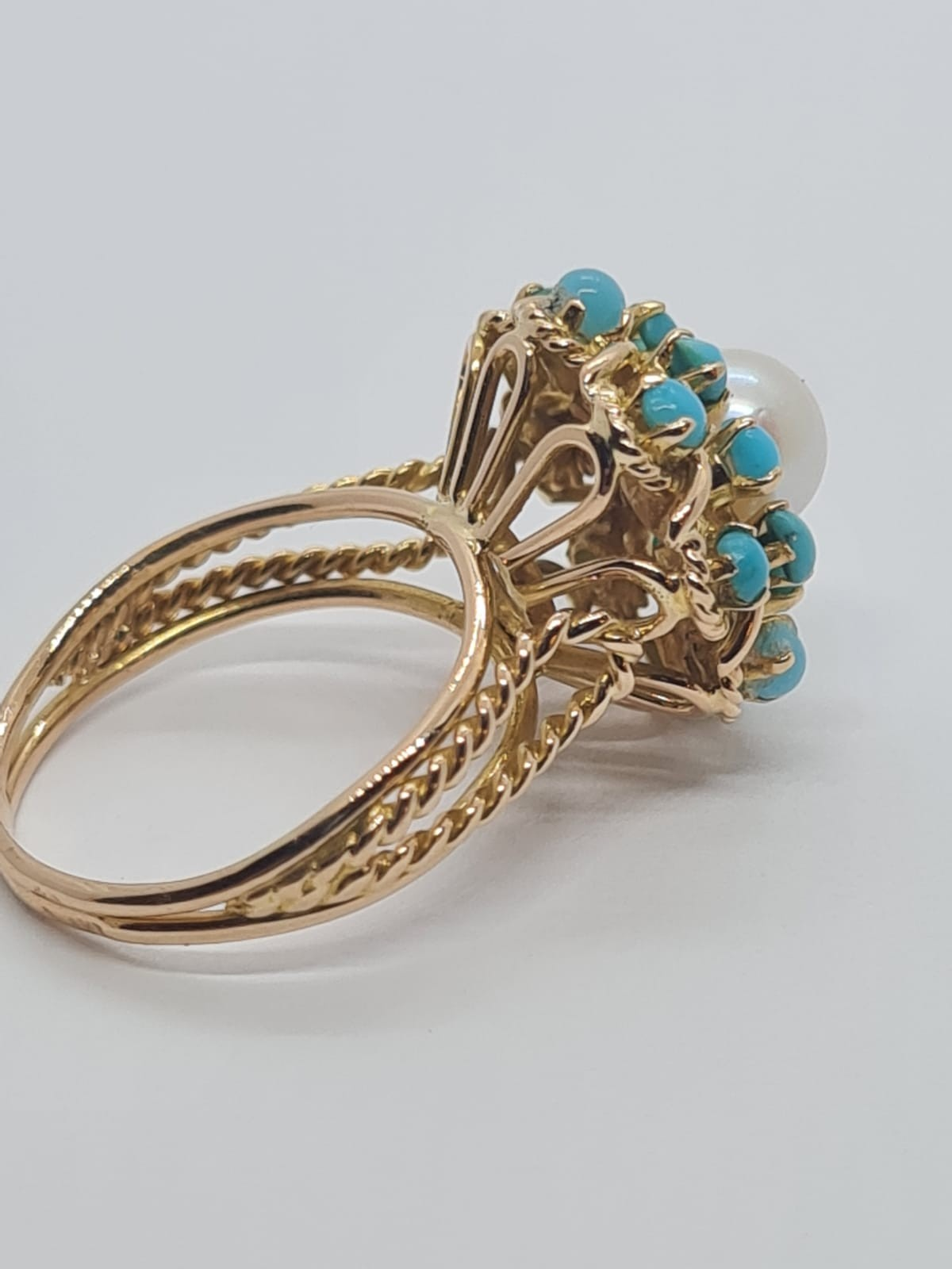 18k yellow gold TURQUISE AND PEARL CLUSTER RING, weight 5.3g and size J1/2 - Image 4 of 8