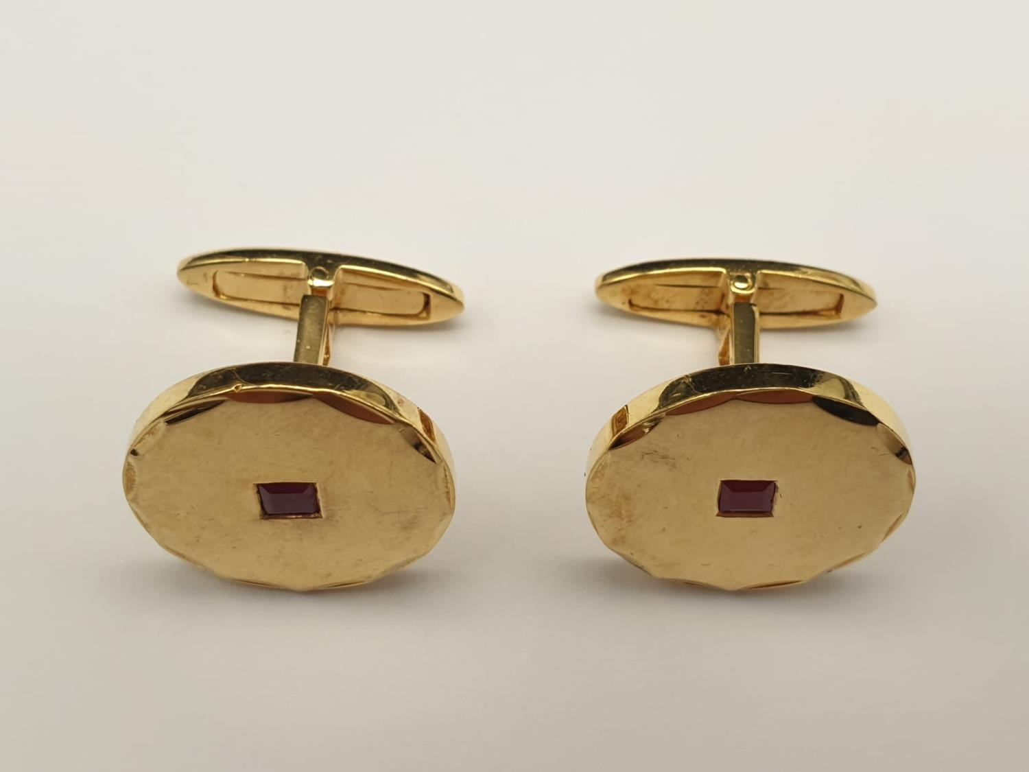 A Pair of 14k Yellow Gold and Ruby Cufflinks. 11.83g - Image 2 of 5