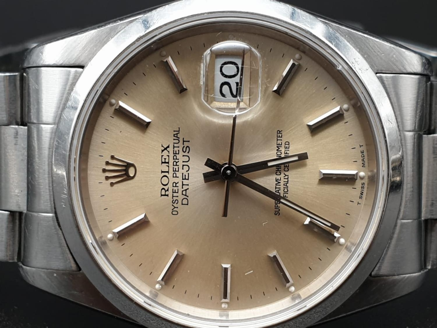 ROLEX OYSTER DATEJUST IN STAINLESS STEEL WITH ATTRACTIVE LIGHT OYSTER FACE, FWO 36MM - Image 5 of 10