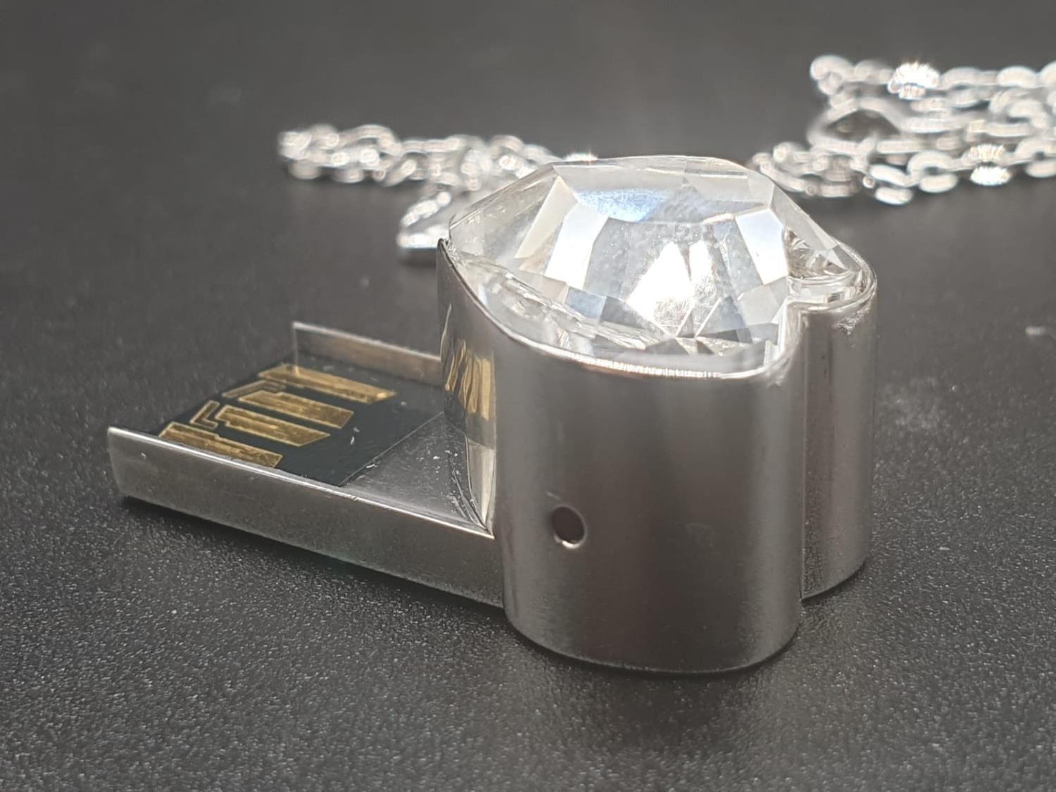 Swarovski Women's Metallic Active Crystal Heart-Shaped Pendant with built-in 8GB USB. 76cm As new, - Image 7 of 10