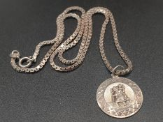Silver Link Necklace with a St Christopher Pendant. 40cm. 9.91g