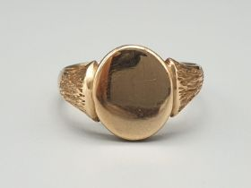 18K Yellow Gold Signet ring. Size N and weighs 5.3g.