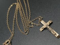 9K Yellow Gold Link Necklace with Crucifix Pendant. 46cm. 3.08g
