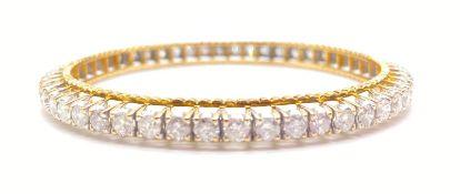 21K YELLOW GOLD DIAMOND BANGLE APPROX 10 CARATS WEIGHT: 28.3G. DIAMETER: 6CM