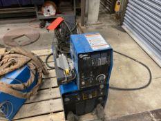 Miller Phoenix 456 CC/CV DC arc welder SN KH551626 with 60m wire feed
