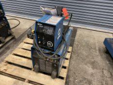 Miller Phoenix 456 CC/CV DC arc welder SN KH5564611, with 60m wire feed
