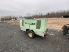 Sullair 185 Diesel tag along air compressor, 185 CFM, 1,300 hrs. with air hose