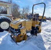CAT CB224E double smooth drum vibratory roller