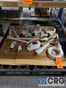 Lot of asst magnifying lamps