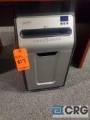 Staples paper shredder