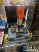 Janesville Tool and Mfg. A-0066 laboratory testing press, 528 lb @ 80 psi capacity, Banner safety