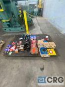 Lot of bearings, pillow blocks, tapered roller bearings, gold line bearings, ball bearings, and