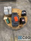Lot of (5) motors and motor parts, including (1) Reliance 5 HP 1750 RPM DC motor, (1) GE