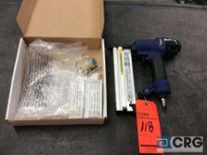 Campbell Hausfeld SB504000 pneumatic 2 inch 2-in-1 nailer / stapler with box