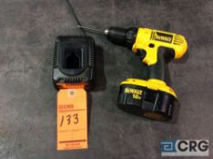 DeWalt DC759 18V 1/2 inch vari-speed cordless drill / driver with charger