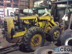 Hough HF payloader (FOR PARTS), pneumatic tires with rear chains, 5 foot front bucket,