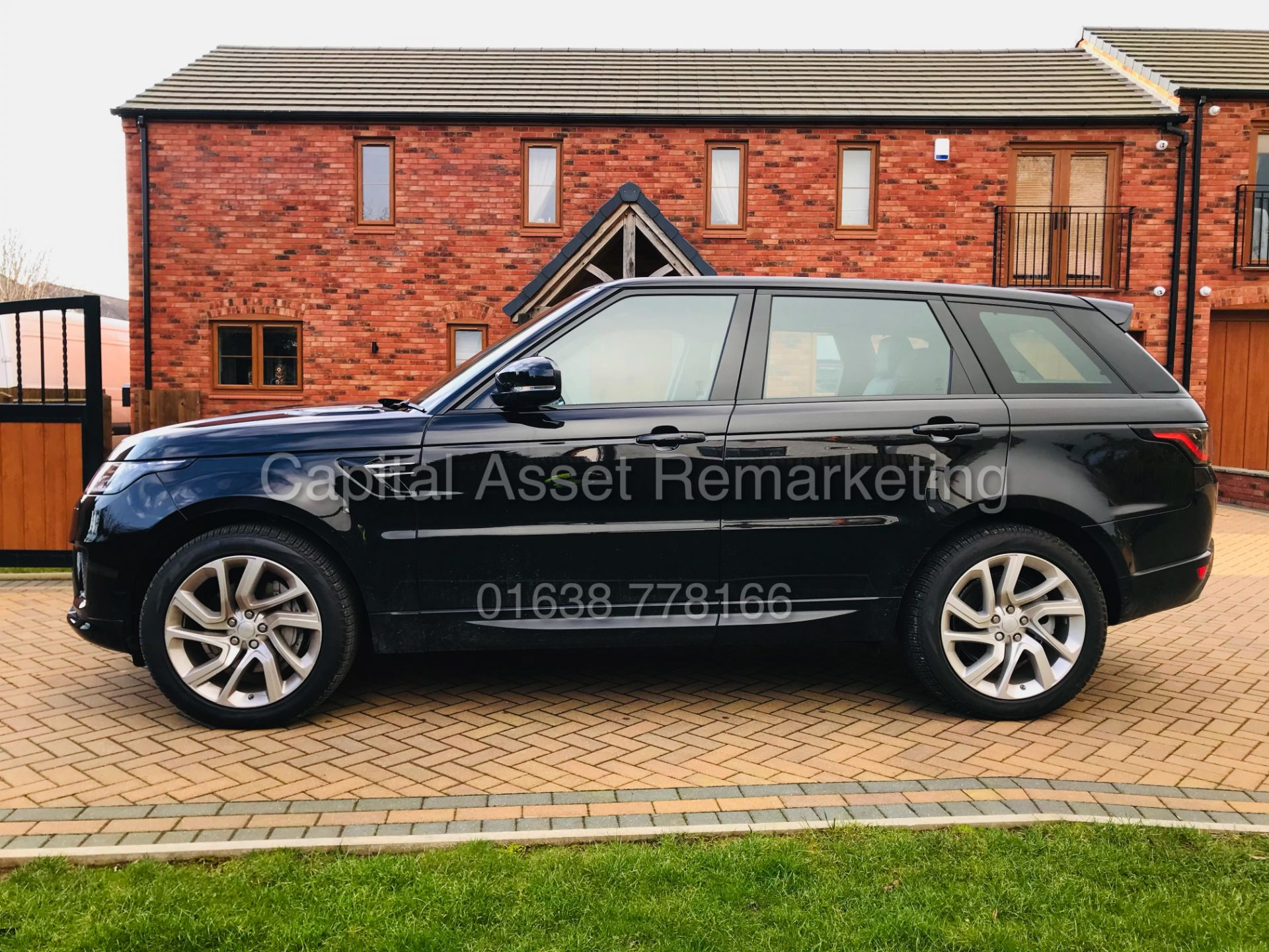 "(ON SALE) RANGE ROVER SPORT ""HSE - BLACK"" 3.0D MHEV-D300 (2021 MODEL - NEW SPEC) PAN ROOF -MEGA SPEC - Image 3 of 47"