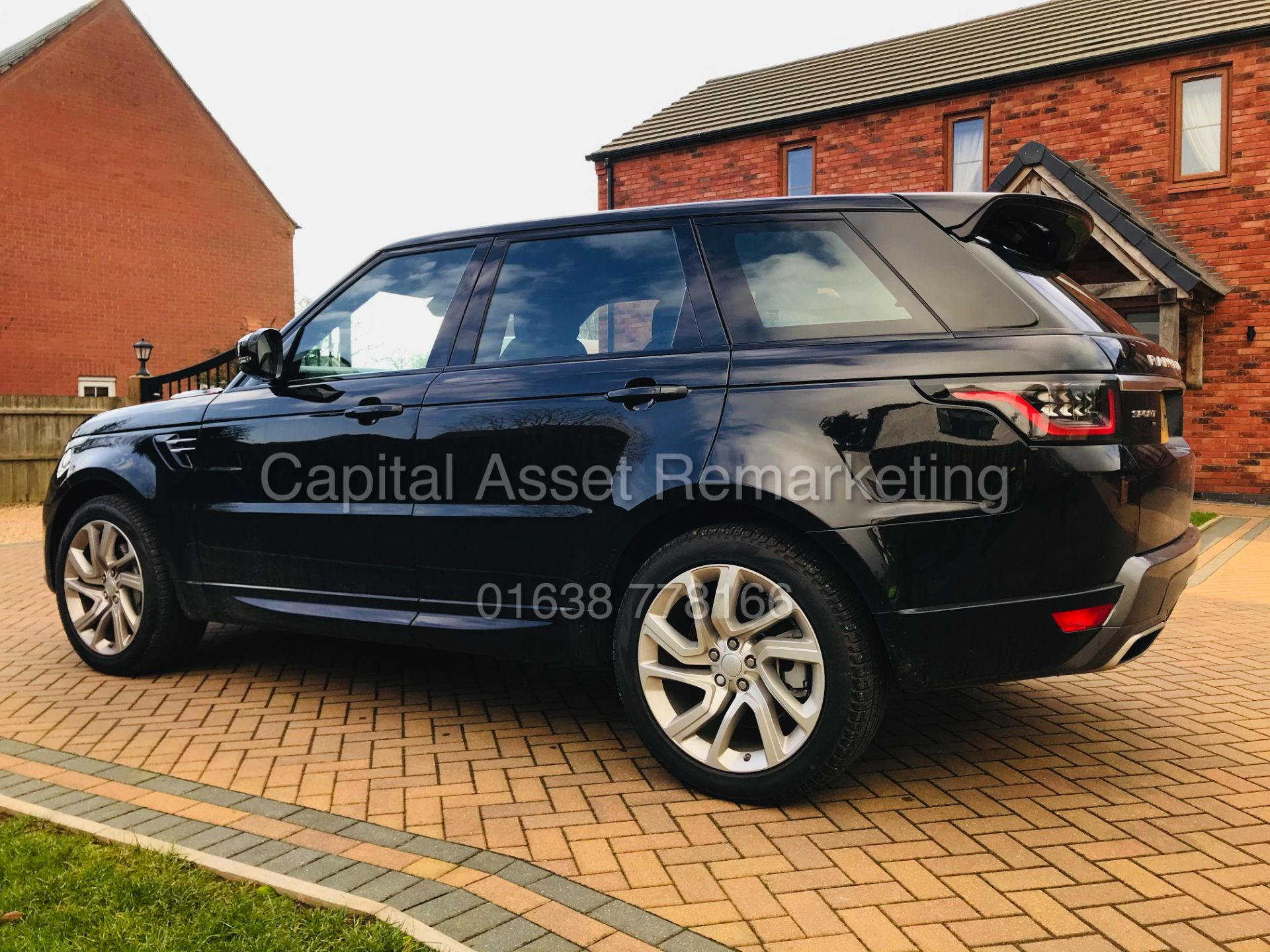 "(ON SALE) RANGE ROVER SPORT ""HSE - BLACK"" 3.0D MHEV-D300 (2021 MODEL - NEW SPEC) PAN ROOF -MEGA SPEC - Image 4 of 47"