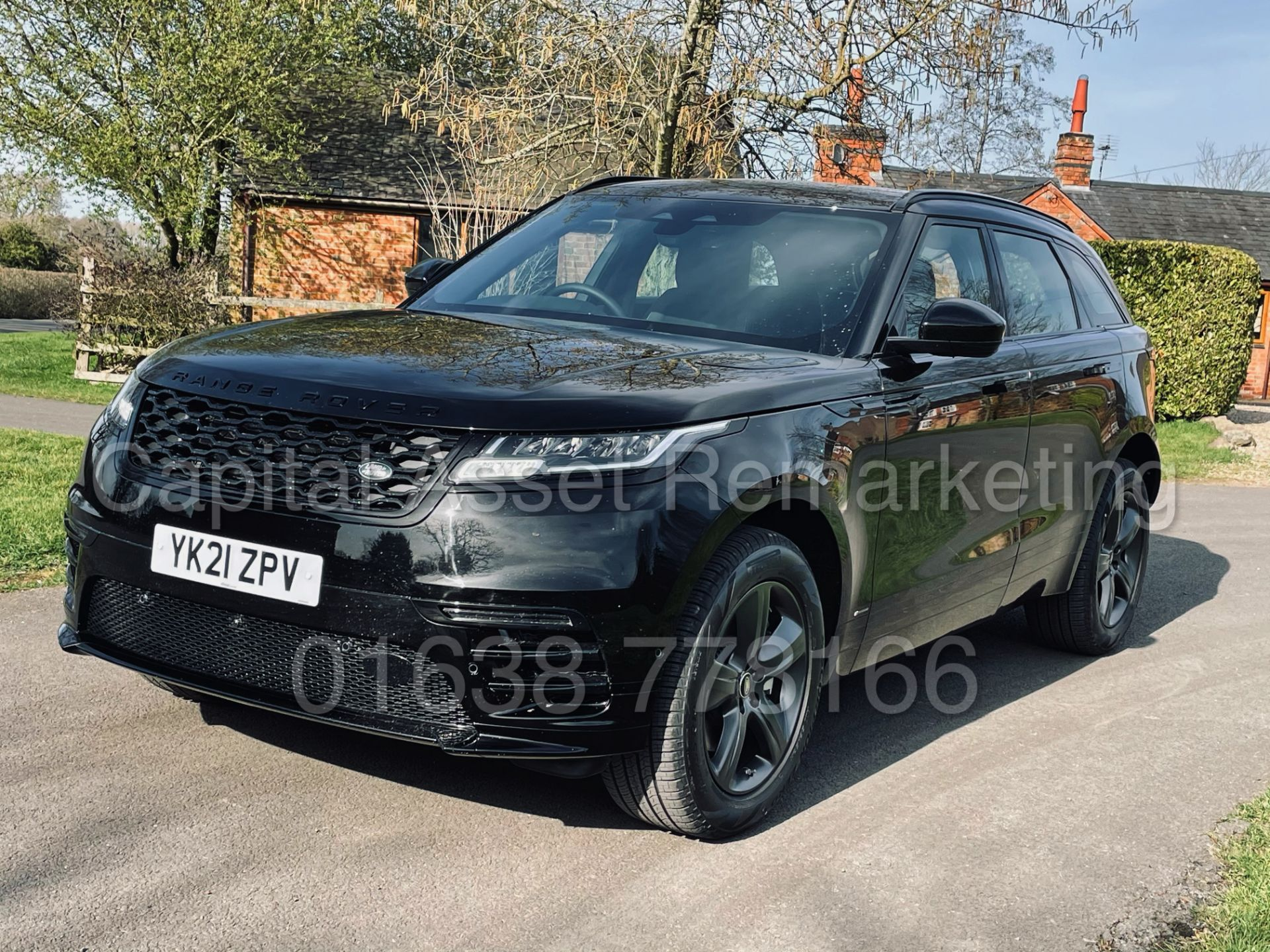 (On Sale) RANGE ROVER VELAR *R-DYNAMIC* SUV (2021) *8 SPEED AUTO - LEATHER* (DELIVERY MILES) - Image 5 of 50