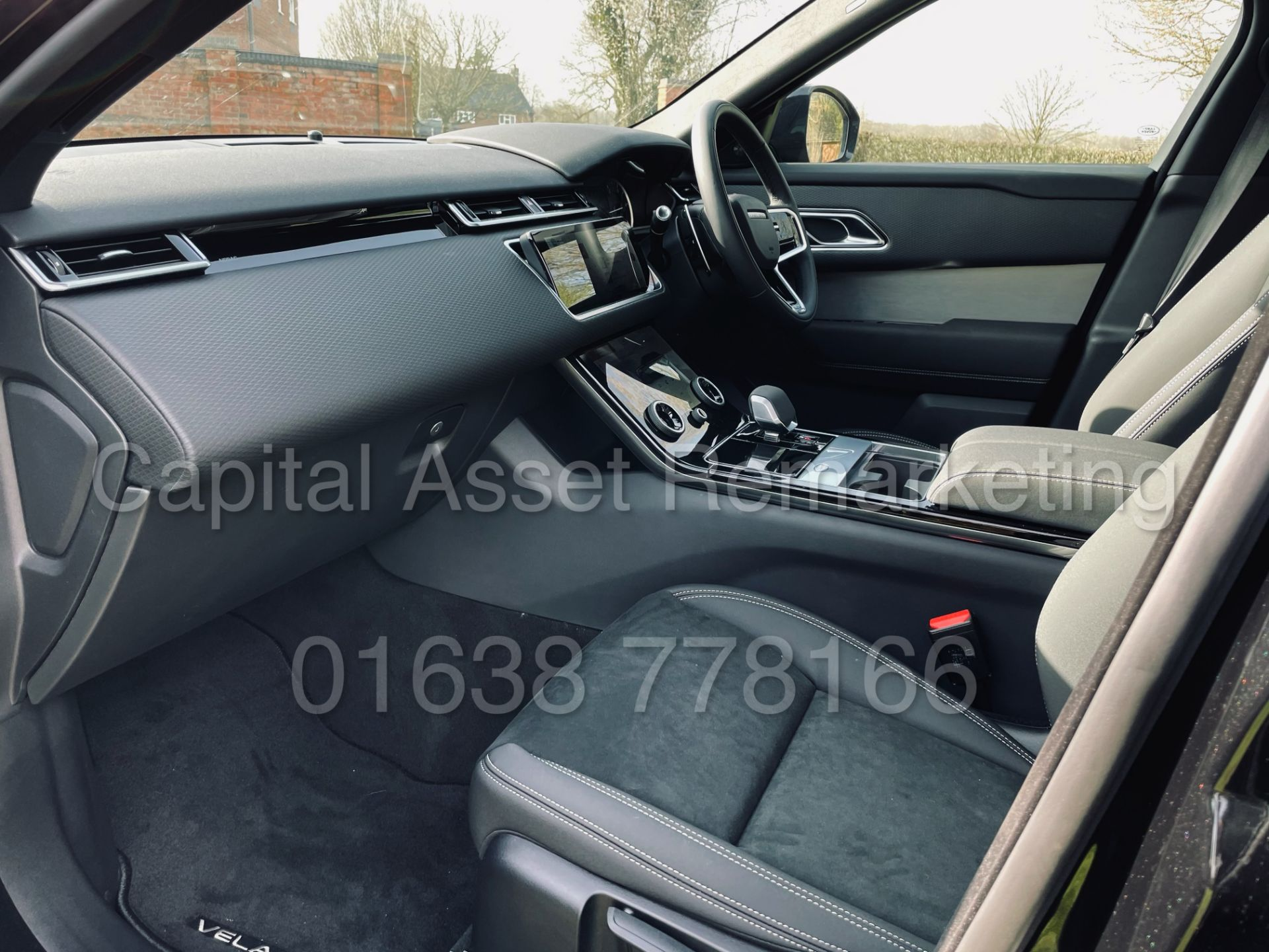 (On Sale) RANGE ROVER VELAR *R-DYNAMIC* SUV (2021) *8 SPEED AUTO - LEATHER* (DELIVERY MILES) - Image 23 of 50