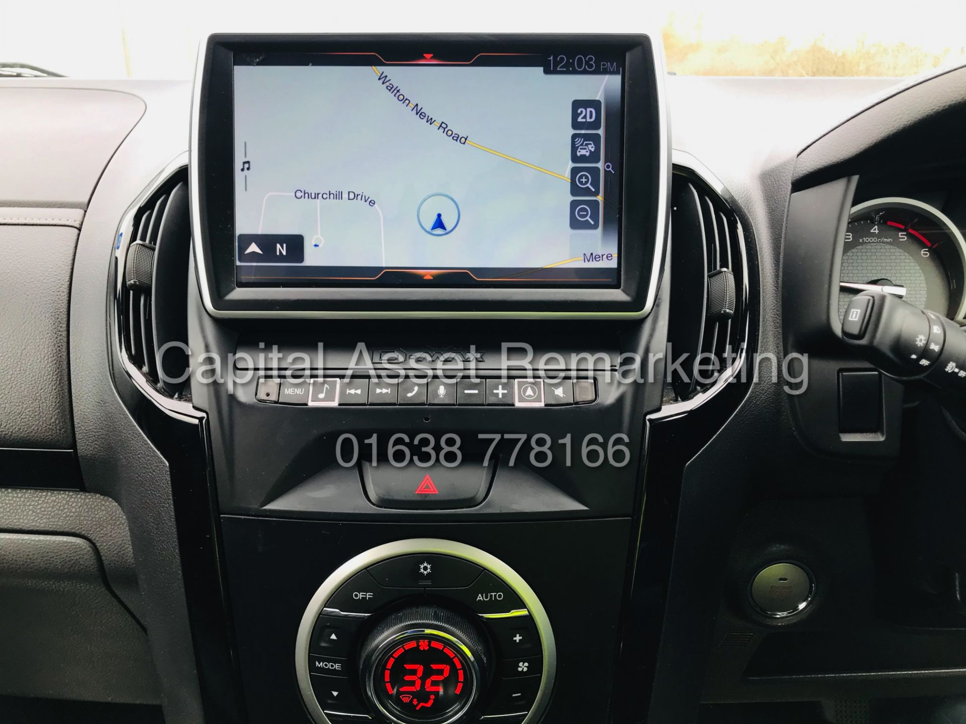 "(On Sale) ISUZU D-MAX ""BLADE"" AUTO - 1 OWNER (2019 - EURO 6) LEATHER - SAT NAV *TOP SPEC* - Image 26 of 34"