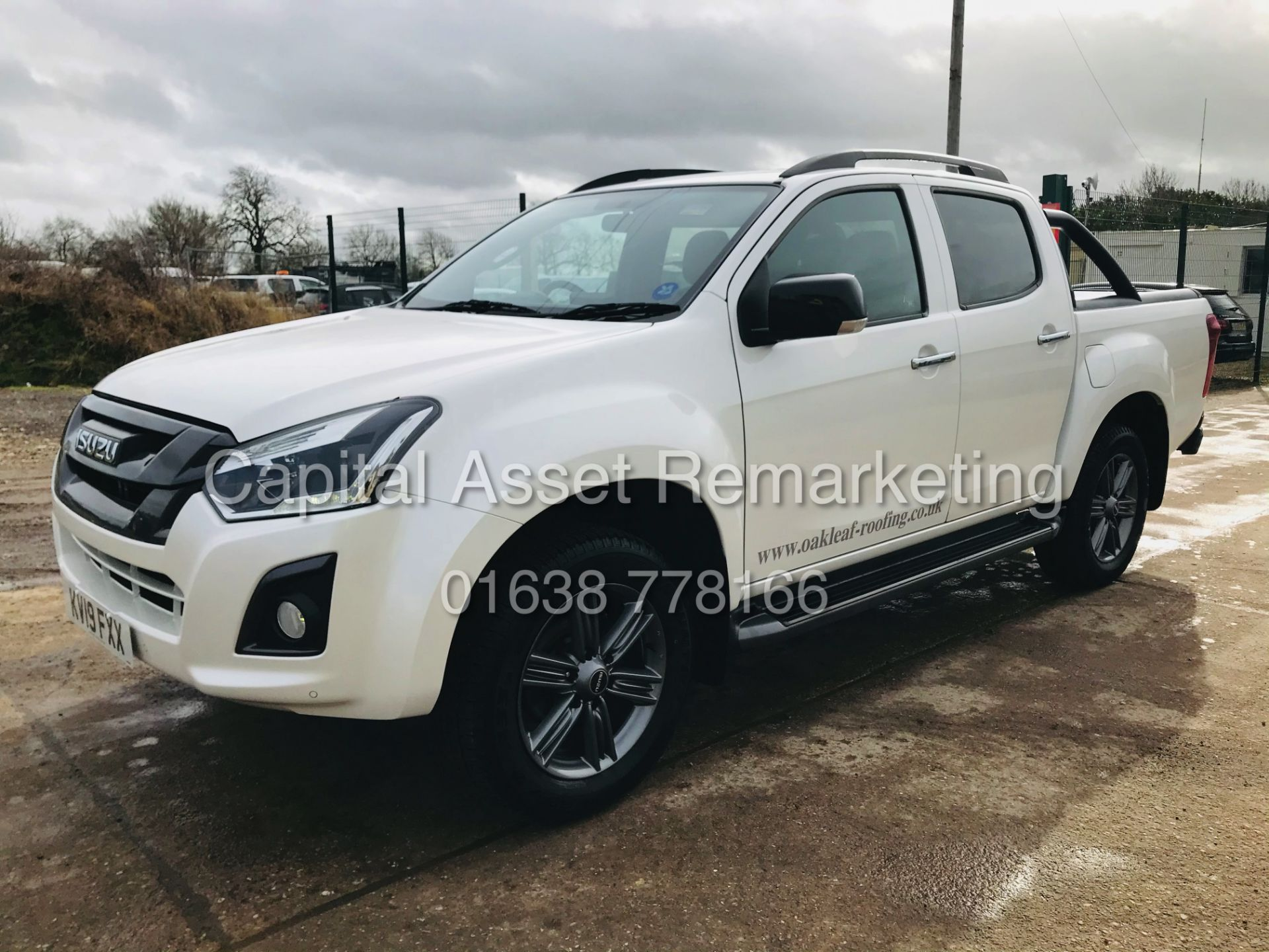 "(On Sale) ISUZU D-MAX ""BLADE"" AUTO - 1 OWNER (2019 - EURO 6) LEATHER - SAT NAV *TOP SPEC* - Image 6 of 34"