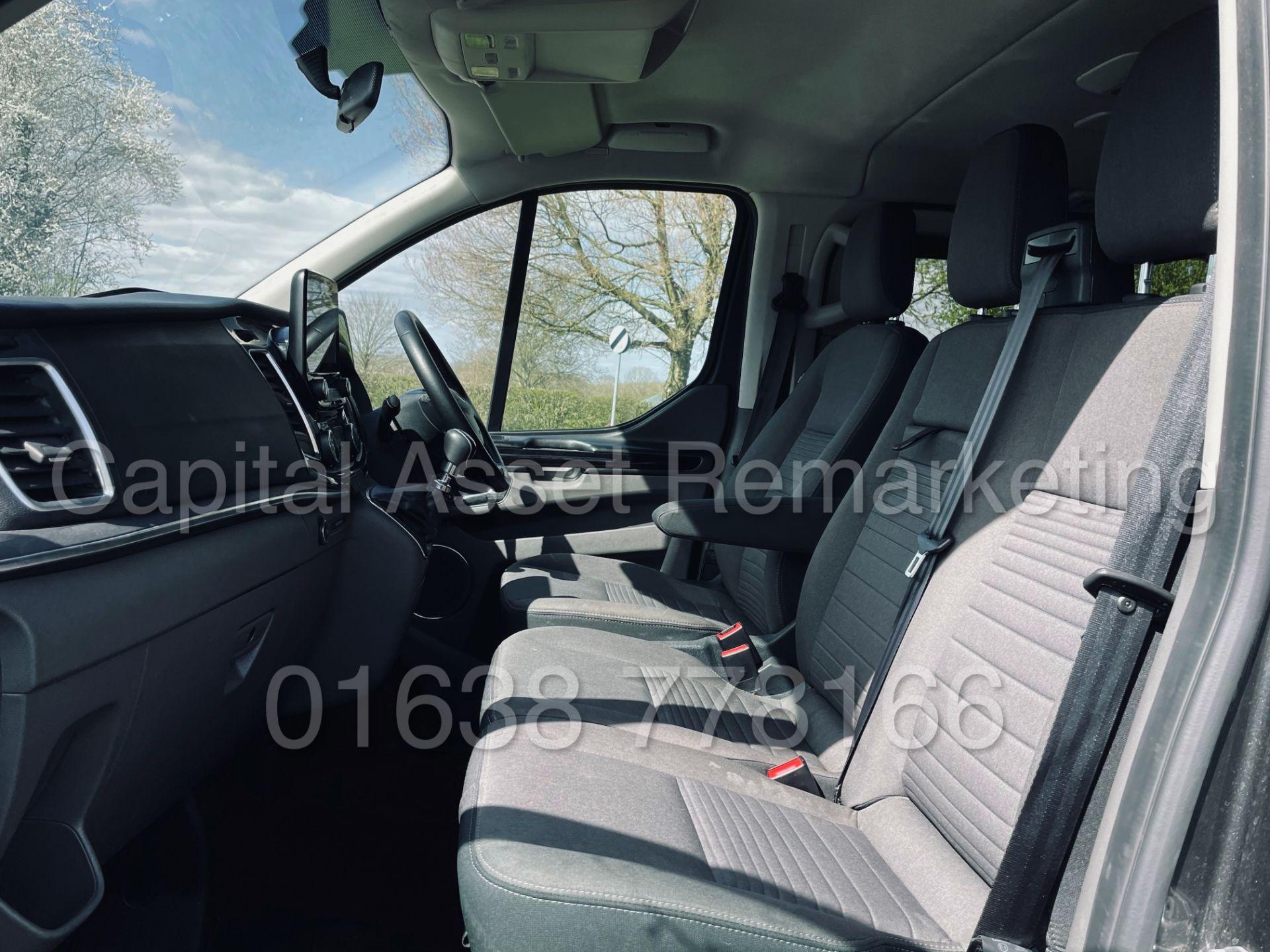 FORD TRANSIT CUSTOM TOURNEO *TITANIUM - 9 SEATER MPV / BUS* (2019 - EURO 6) '2.0 TDCI' *SAT NAV* - Image 25 of 56