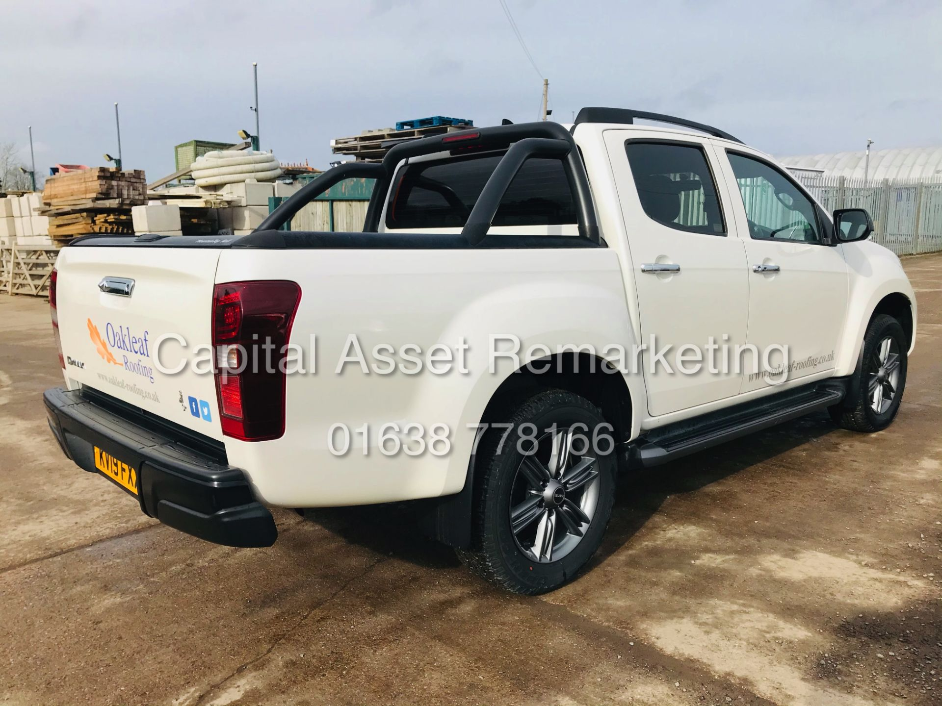 "(On Sale) ISUZU D-MAX ""BLADE"" AUTO - 1 OWNER (2019 - EURO 6) LEATHER - SAT NAV *TOP SPEC* - Image 11 of 34"
