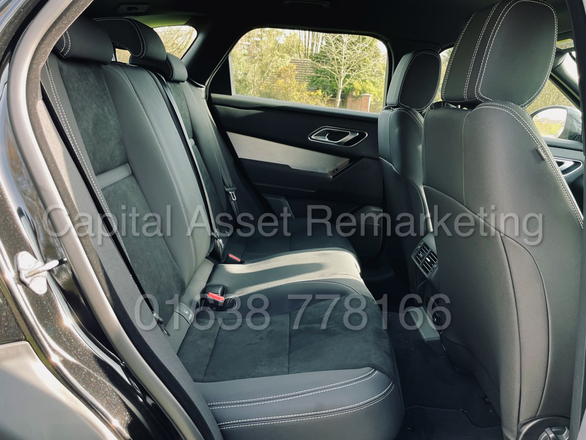 (On Sale) RANGE ROVER VELAR *R-DYNAMIC* SUV (2021) *8 SPEED AUTO - LEATHER* (DELIVERY MILES) - Image 31 of 50