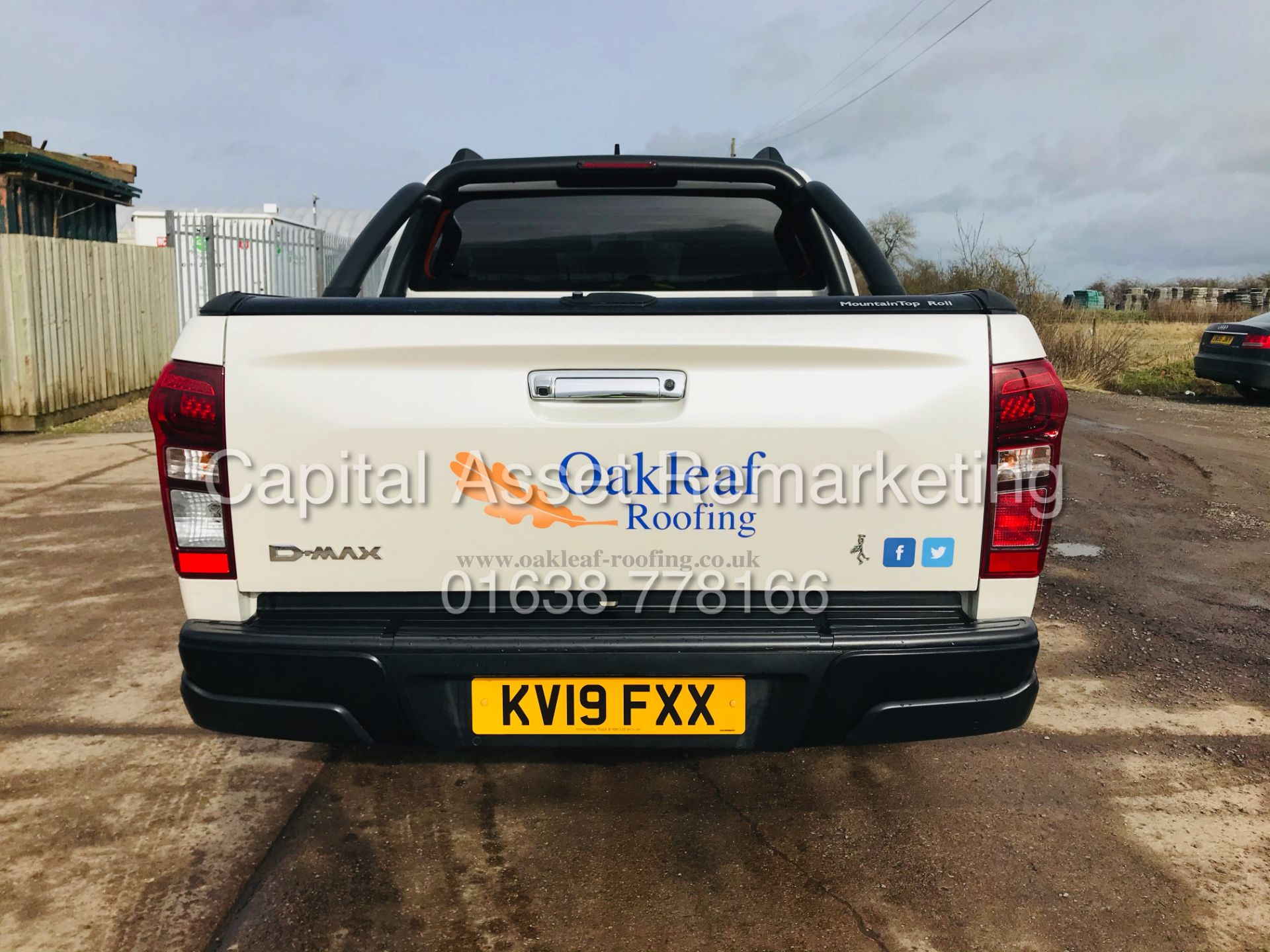 "(On Sale) ISUZU D-MAX ""BLADE"" AUTO - 1 OWNER (2019 - EURO 6) LEATHER - SAT NAV *TOP SPEC* - Image 10 of 34"