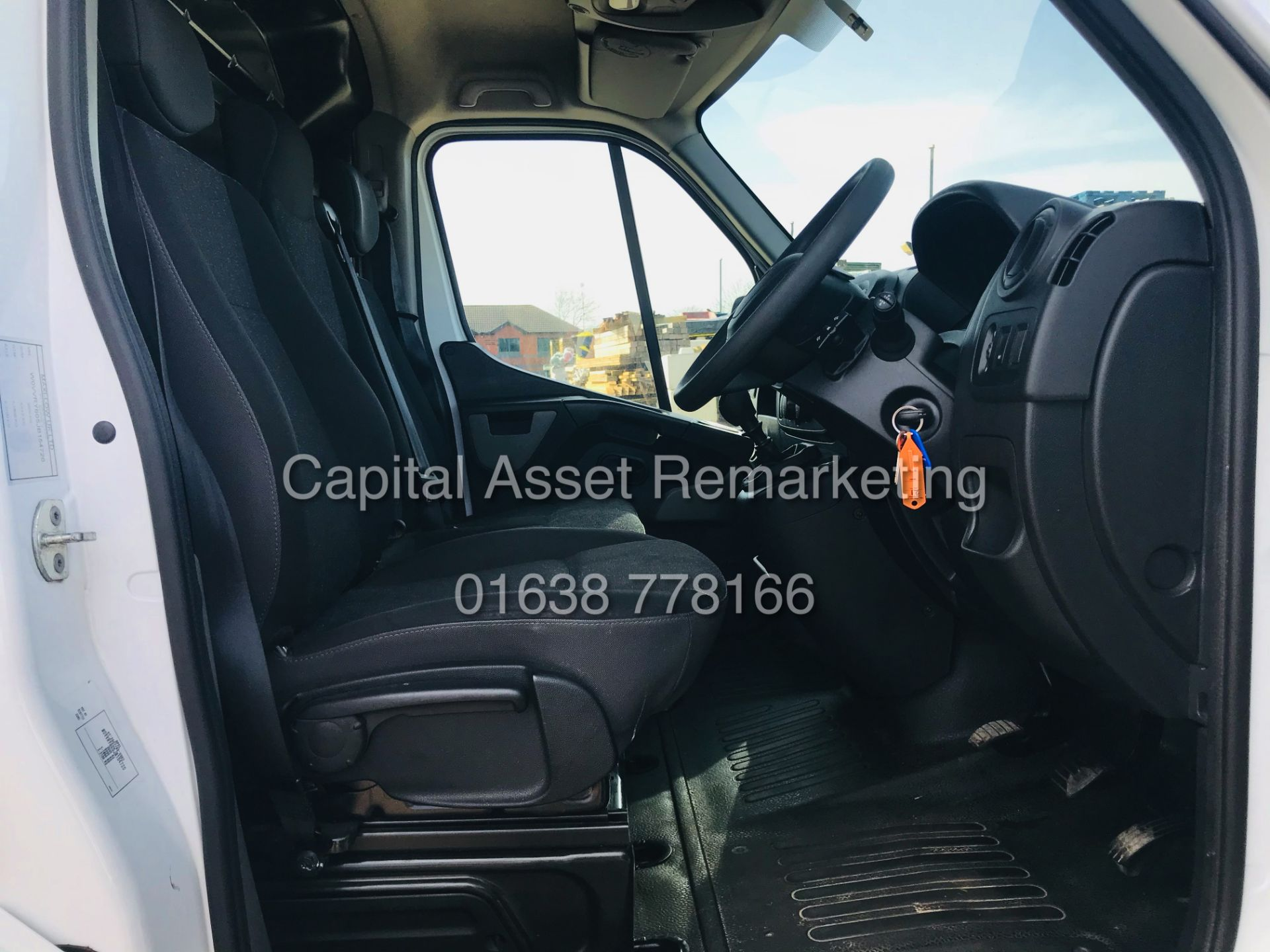 "ON SALE VAUXHALL MOVANO 2.3CDTI ""LOW-LOADER""14FT LUTON BODY (2019 MODEL) 1 OWNER *AIR CON*-ELEC PACK - Image 13 of 23"