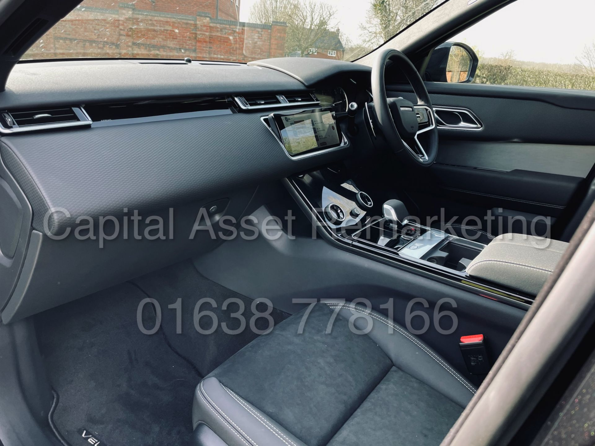(On Sale) RANGE ROVER VELAR *R-DYNAMIC* SUV (2021) *8 SPEED AUTO - LEATHER* (DELIVERY MILES) - Image 22 of 50