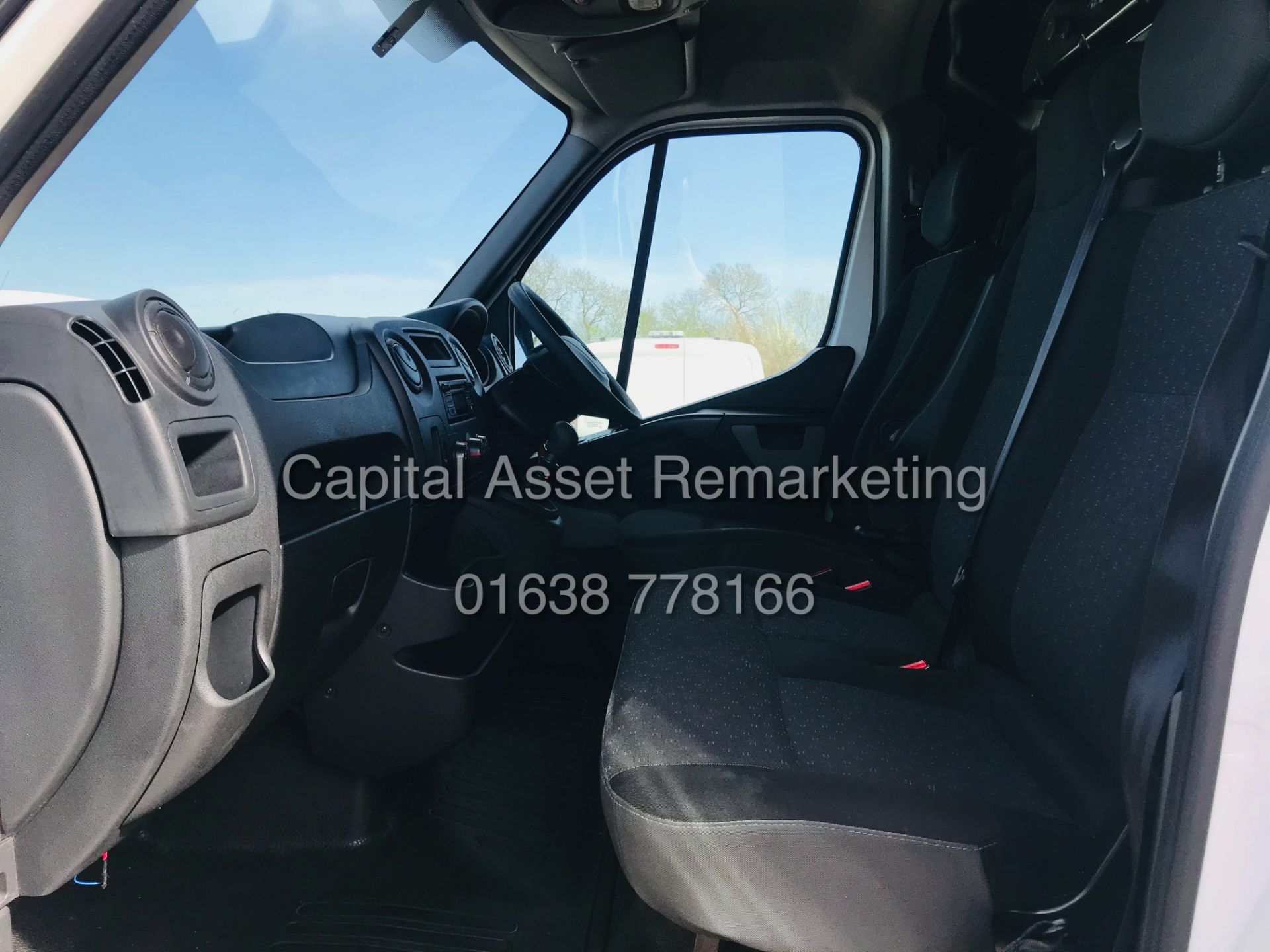 "ON SALE VAUXHALL MOVANO 2.3CDTI ""LOW-LOADER""14FT LUTON BODY (2019 MODEL) 1 OWNER *AIR CON*-ELEC PACK - Image 20 of 23"