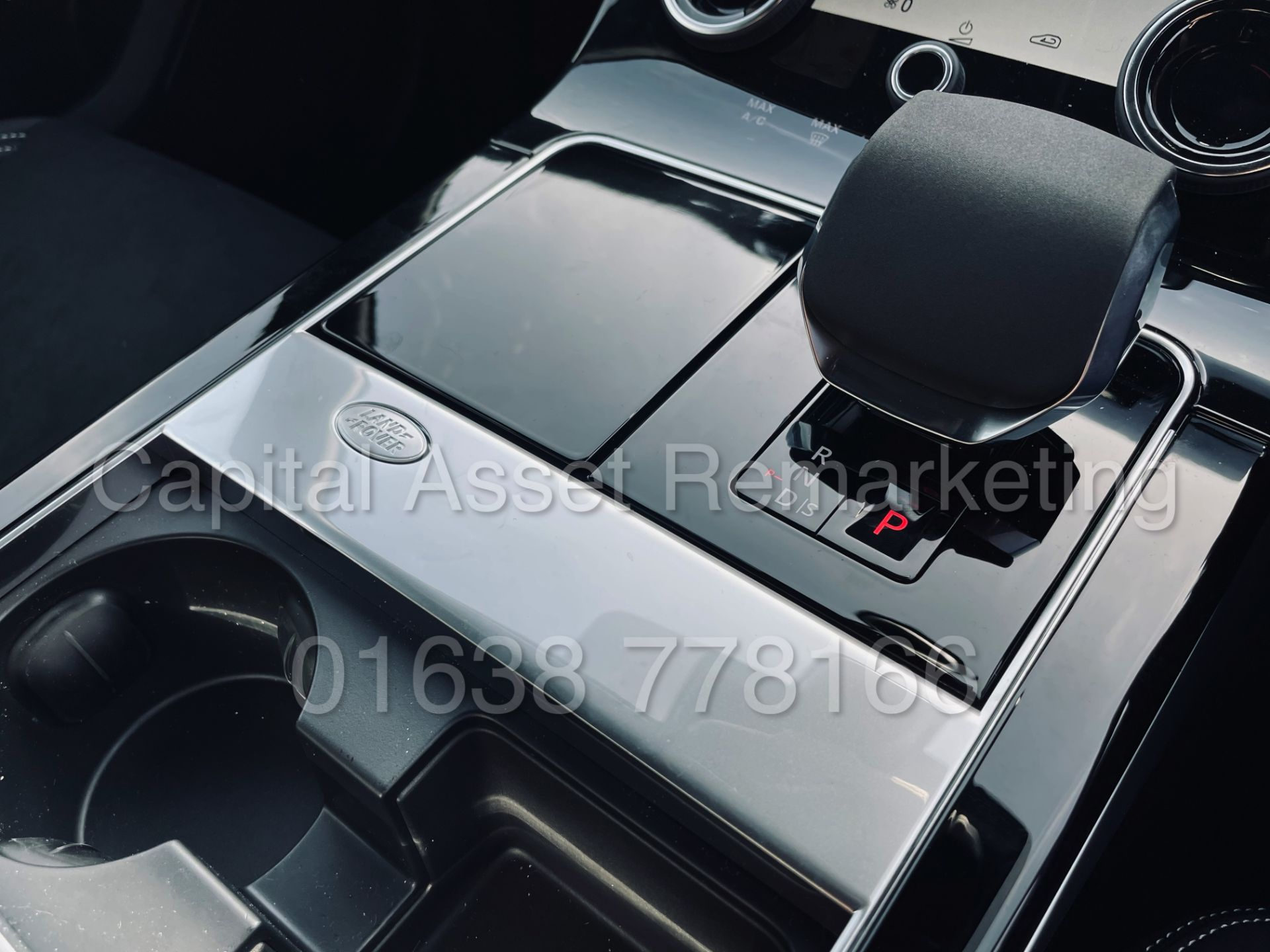 (On Sale) RANGE ROVER VELAR *R-DYNAMIC* SUV (2021) *8 SPEED AUTO - LEATHER* (DELIVERY MILES) - Image 46 of 50