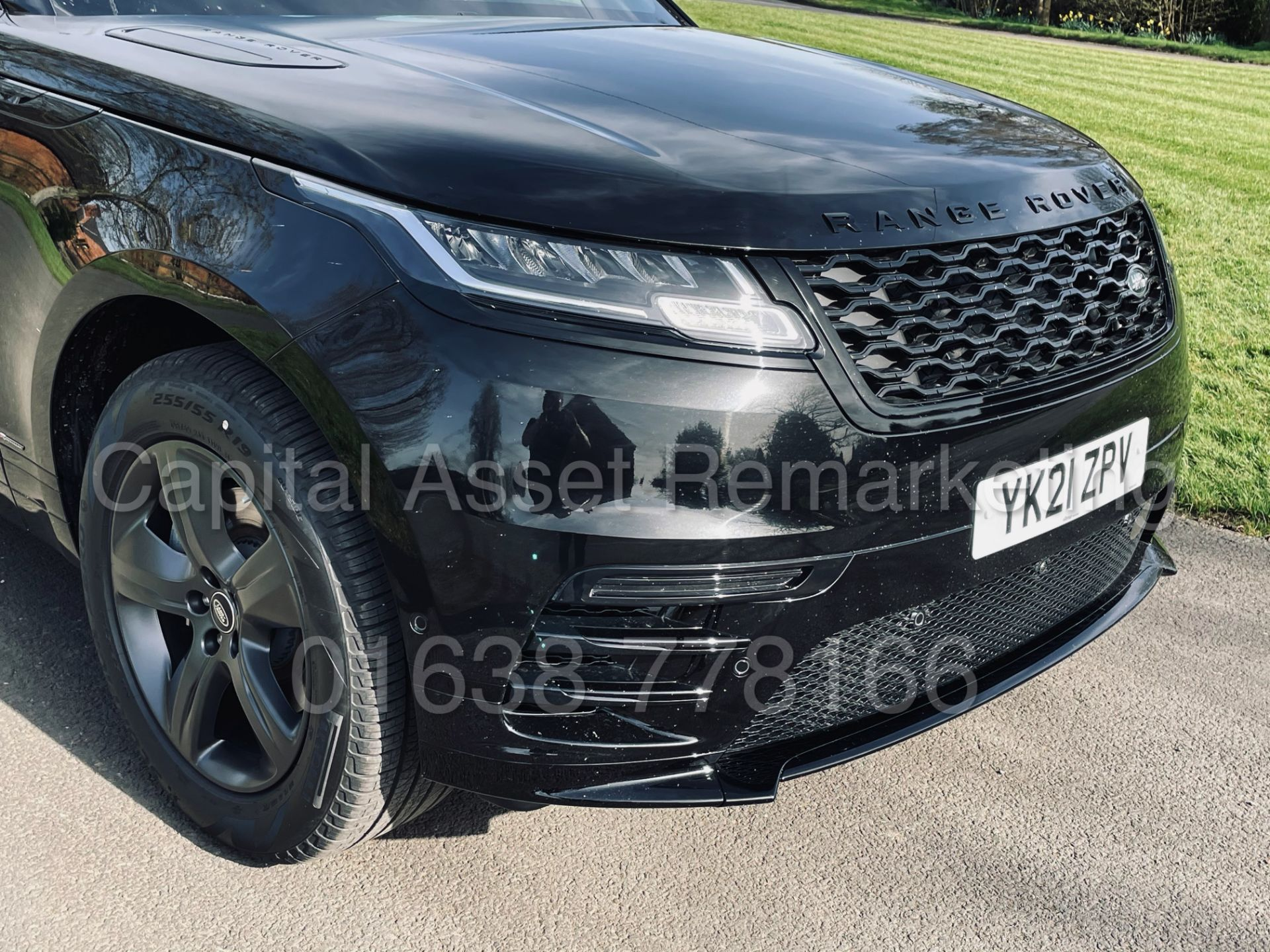 (On Sale) RANGE ROVER VELAR *R-DYNAMIC* SUV (2021) *8 SPEED AUTO - LEATHER* (DELIVERY MILES) - Image 15 of 50