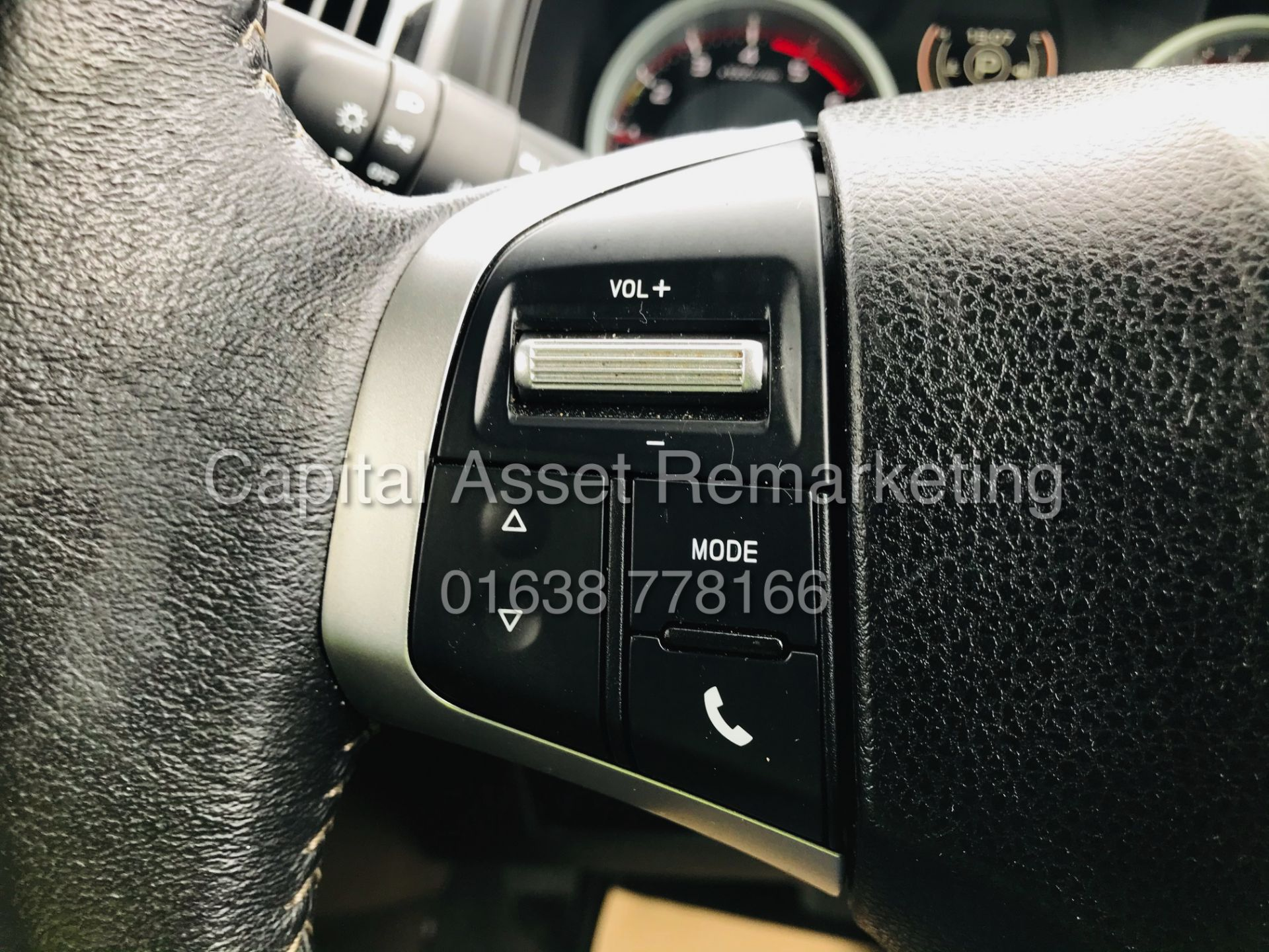 "(On Sale) ISUZU D-MAX ""BLADE"" AUTO - 1 OWNER (2019 - EURO 6) LEATHER - SAT NAV *TOP SPEC* - Image 31 of 34"