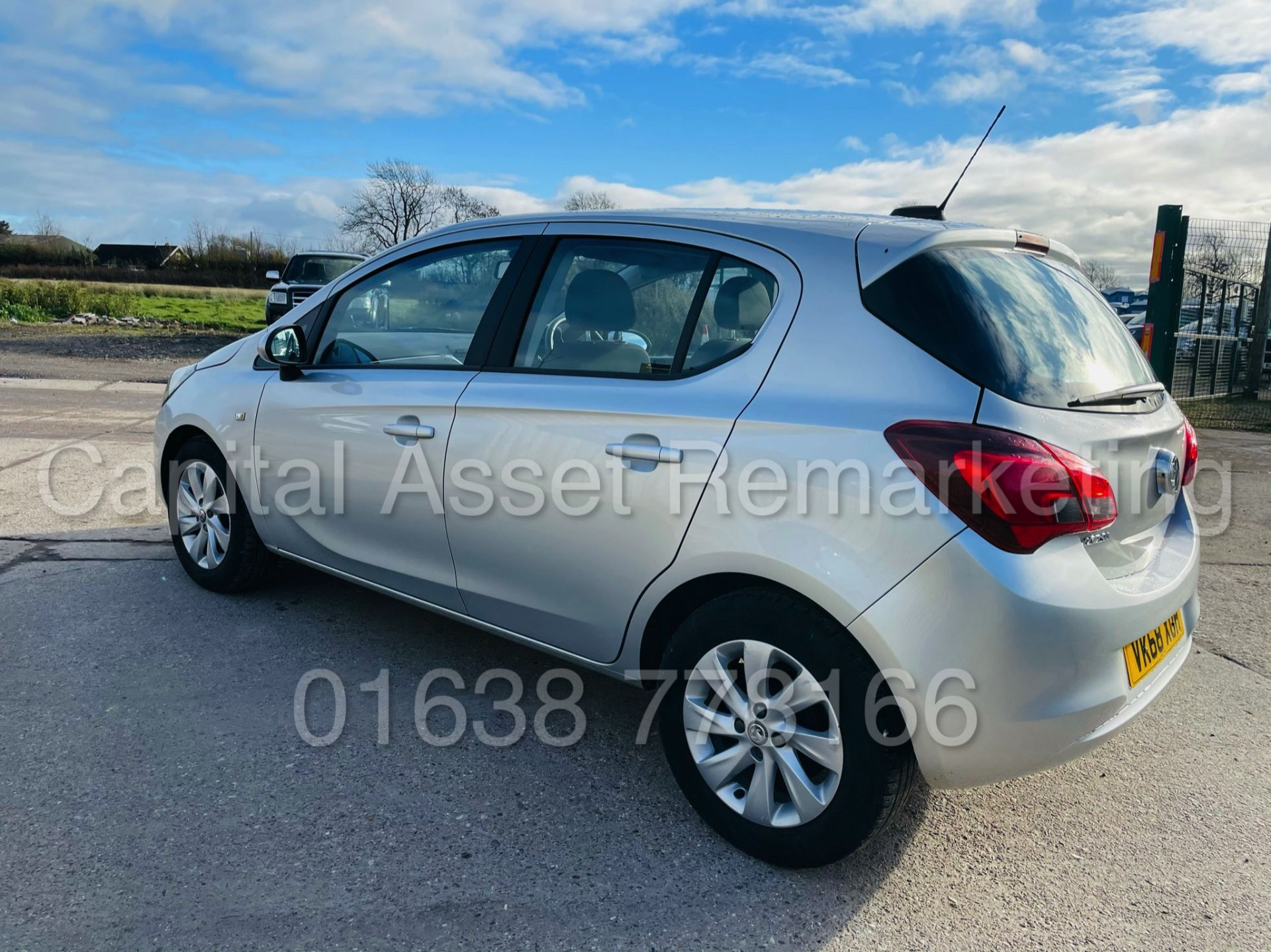 On Sale VAUXHALL CORSA *DESIGN EDITION* 5 DOOR HATCHBACK (2019 - NEW MODEL) 1.4 PETROL - (1 OWNER) - Image 9 of 42