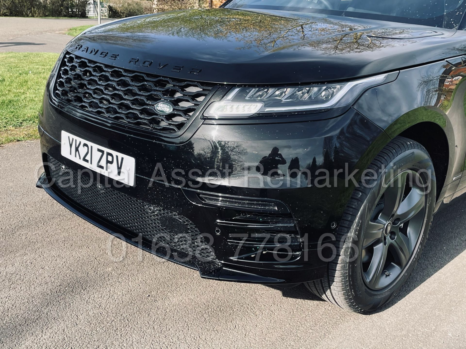 (On Sale) RANGE ROVER VELAR *R-DYNAMIC* SUV (2021) *8 SPEED AUTO - LEATHER* (DELIVERY MILES) - Image 16 of 50
